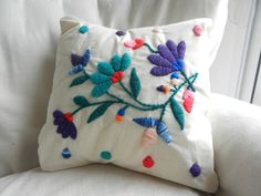 Hungarian embroidery from Kalocsa Cushion Embroidery, Crewel Embroidery, Hand Embroidery Designs, Cross Stitch Embroidery, Embroidery Patterns, Mexican Embroidery, Hungarian Embroidery, Handmade Cushions, Embroidery Fashion