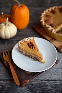 Black-Bottom Maple Pumpkin Pie with Toasted Pecans