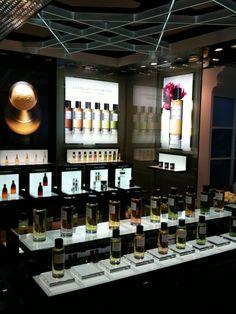 Dior Perfume Boutique at Selfridges - hvor jeg snappet med min Leather Oud hjem i 2012