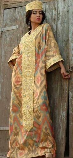 Uzbek ikat. Silk. Uzbek vintage. Handmade. Uzbek traditional clothing.