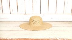 Light tan brown woven vintage straw hat/gardening farming hat/straw sun hat by GreenCanyonTradingCo on Etsy