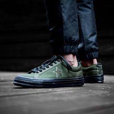 9 Best Footwear images Chaussures, chaussures, baskets  Footwear, Shoes, Sneakers