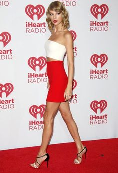 "( ☞ 2017 ★ HOT CELEBRITY WOMAN ★ TAYLOR SWIFT IN A MINISKIRT AND HIGH HEELS "" Country ♫ pop ♫ "" ) ★ ♪♫♪♪ Taylor Alison Swift - Wednesday, December 13, 1989 - 5' 10"" 120 lbs 35-24-35 - Reading, Pennsylvania, USA."
