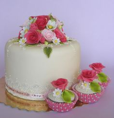 Just for you cake by bubolinkata, via Flickr