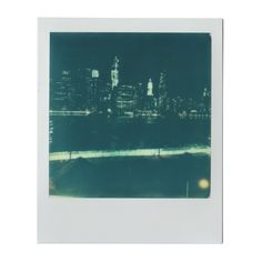 new york polaroid ❤ liked on Polyvore featuring fillers, polaroids, backgrounds, pictures and photo