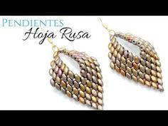 Seed bead jewelry Pendientes estilo hoja Rusa con MiniDuo - Tutorial completo DIY Discovred by : Linda Linebaugh Seed Bead Jewelry, Seed Bead Earrings, Beaded Earrings, Leaf Earrings, Beaded Bracelets, Super Duo Beads, Earring Trends, Beaded Jewelry Patterns, Earring Tutorial