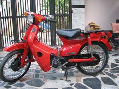 Cup 84 nữ hoàng Antique Motorcycles, Antiques, Vehicles, Antiquities, Rolling Stock, Antique, Vehicle