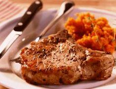 Robbie se skelmvark (Oondgebakte varktjops) Human Dignity, South African Recipes, Marmite, Pork, Kale Stir Fry, Pork Chops