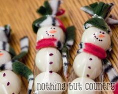Snowmen made out of white gumballs. So easy!