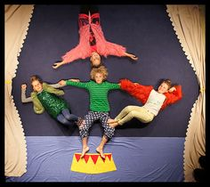 studio #Wonderdag: Circus Hallo! De wereld op zijn kop!
