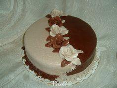 Rozi Erdélyi konyhája: Alkalmi drapp-barna rózsás torta