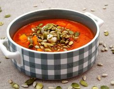 red pepper and carrot soup