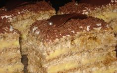 Retete Culinare - Prajitura Egipteana Romanian Desserts, Romanian Recipes, No Bake Desserts, Dessert Recipes, Romania Food, Hungarian Cake, Food Wishes, Christmas Sweets, Something Sweet