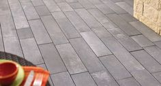Anchor Block Products | Padio™ 14 | Paving System (Shown in Graphite)