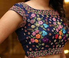 Latest Floral Blouse Designs - The handmade craft - Latest Floral Blouse Designs – The handmade craft - Saree Blouse Neck Designs, Fancy Blouse Designs, Bridal Blouse Designs, Boat Neck Saree Blouse, Sari Design, Designer Kurtis, Designer Blouse Patterns, Designer Saree Blouses, Stylish Blouse Design