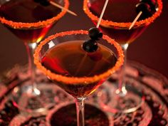 Halloween: Black Devil Martini Cocktail