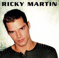 ▶ Ricky Martin - Livin' La Vida Loca - YouTube
