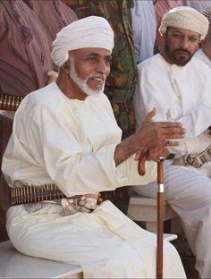 HM Sultan Qaboos bin Said ( Sultan of Oman ) People Of The World, Countries Of The World, Muslim Months, Sultan Oman, Sultan Qaboos, Sultanate Of Oman, Arab World, Arabian Peninsula, Egypt