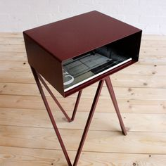&new Mini Robot Side Table-Beetroot | &new-mini-robot-Beetroot | £310.00