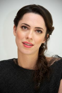 Rebecca Hall - Page 11 - the Fashion Spot Rebecca Hall, Vicky Cristina Barcelona, Hollywood Stars, Classic Hollywood, Timeless Beauty, Beautiful Actresses, Pretty Woman, Actors & Actresses, Muse