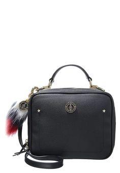 Tommy Hilfiger GIGI HADID - Handtasche - black für SFr. 230.00 (22.12.16) versandkostenfrei bei Zalando.ch bestellen.