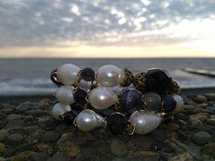 Шикарный браслет из морского барочного жемчуга,вставки лабрадорит и аметист Каркас проволка с эфектом памяти Под заказ 89652444602