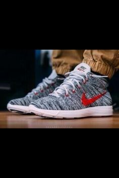 Nike Flynit Wool Grey