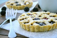 4 inch blackberry crumble pies by laurenslatest,  oh my.