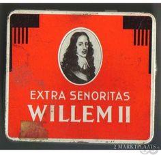 Blik met Willem II extra senoritas, Pa's favoriete sigaartjes.