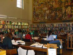Biblioteca Pública de Estocolmo (sala colección local) http://es.wikiarquitectura.com/index.php/Biblioteca_P%C3%BAblica_de_Estocolmo
