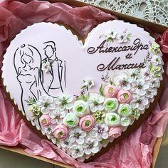 Все пряничные мастера страны (и не одной) благодарны @ekaterina_slegina за этот дизайн свадебных сердец и от меня спасибо, Кать