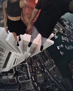 High with you.  #yi4k #hongkong #roof #rooftop