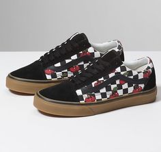 f63644fd57 Browse bestselling Shoes at Vans including Women s Classics