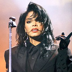 Janet Jackson - Old school Janet was the best. I loved the performances, but the best part of the concert was when she sat down to sing a ballad. Just her and a guitar. The best. Janet Jackson 90s, Janet Jackson Rhythm Nation, Jo Jackson, Jackson Family, Michael Jackson, Famous Musicians, The Jacksons, Female Singers, Celebs