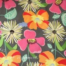 Vera Bradley fabric Remnant 100% Cotton Jazzy blooms 1 Yard
