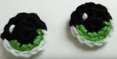 Create The Perfect Eyes For Amigurumi. This Superb Tutorial Gives You A Wide Scope Of Choices From Security Eyes And Buttons To Crochet And Embroidery. Amigurumi Tutorial, Crochet Patterns Amigurumi, Crochet Dolls, Crochet Clothes, Crochet Stitches, Crochet Eyes, Free Crochet, Knit Crochet, Perfect Eyes