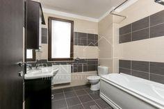 Vila Pipera Porsche - Renet Jacuzzi, Porsche, Bathtub, Bathroom, Standing Bath, Washroom, Bathtubs, Bath Tube, Full Bath