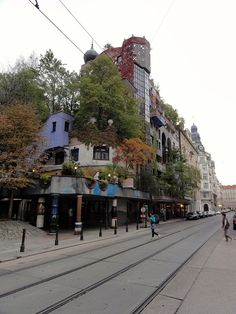 First visit the the Hundertwasser apartments in Vienna.