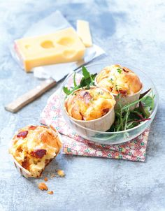 Fluffy muffins with chorizo and Emmentaler Brunch Recipes, Appetizer Recipes, Breakfast Recipes, Cooking Chef, Easy Cooking, Muffins Chorizo, No Salt Recipes, Food Humor, Appetisers