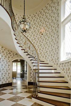 Black & White - www.tuckerandmarks.com