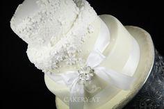 Hochzeitstorte - Sans Souci wedding cake, white, Austria