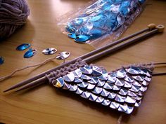 Crafty Mutt: Learn to Knit With Scales, so Erin can have dragon mittens for a birthday present