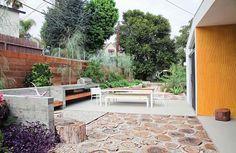 http://www.awmagazin.de/wohnen/wohnreportagen/galerie/kalifornische-moderne-im-wohnraum/page/8#content-top