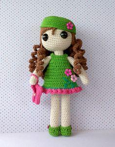 """[gallery type=""""square"""" size=""""medium"""" ids=""""554,553,555,556″] Carolina es una muñeca única e increíble a la que le encanta llevar siempre la ropa adecuada para cad…"""