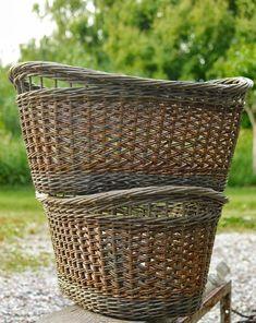 View at Picasa Image 3 of 64 Cane Baskets, Old Baskets, Vintage Baskets, Wicker Baskets, Willow Weaving, Basket Weaving, Big Basket, Jute, Weave Styles