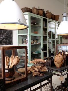 Interieur winkel RAW MATERIALS the home store in Amsterdam | Interieur design by nicole & fleur