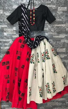 India's Fashion Discovery Platform driven by community Black And Red Checked Printed Chaniya Choli With White layered Chaniya Choli For Kids, Chaniya Choli Designer, Garba Chaniya Choli, Garba Dress, Navratri Dress, Lehnga Dress, Choli Blouse Design, Choli Designs, Lehenga Designs
