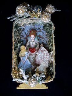 https://flic.kr/p/7PghjB | Alice Meets with the Queens | Altered shadowbox Tin custom order