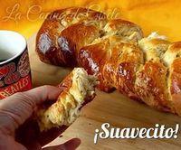 Homemade Sweet Bread Braid - Recipe for a soft bread dough - Homemade Sweet Bread Braid – Recipe for a soft bread dough Mexican Sweet Breads, Mexican Bread, Mexican Food Recipes, Sweet Recipes, Biscuit Bread, Pan Bread, Sweet Dough, Bread And Pastries, Gastronomia