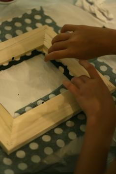 Super cute frame project...may have to try this one!